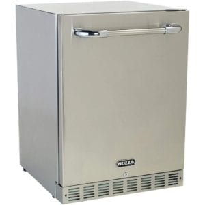 Premium Outdoor Rated Compact Refrigerator by Bull Outdoor Products Review
